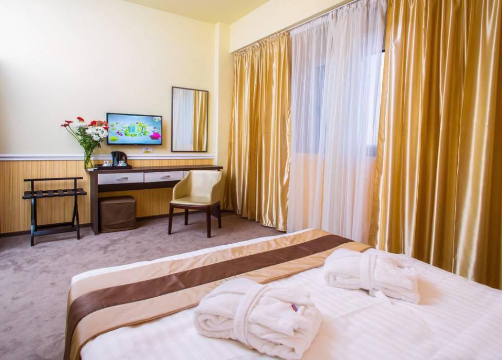 Best Western Plus Briston Hotel
