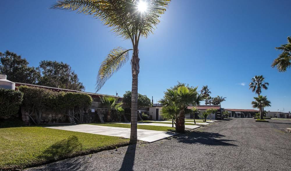 California Trailer Park y Motel